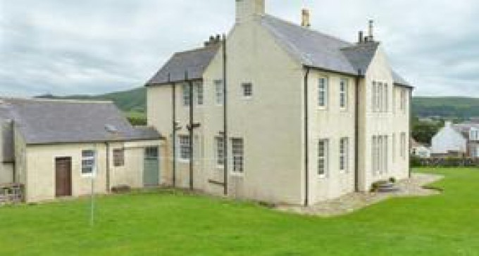 Lovely 2 Bed Home Swap In Girvan, Scotland